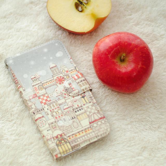 「紅リンゴと白雪の城下町」アンドロイドはめ込み式手帳型スマホケース【内側デザイン可】